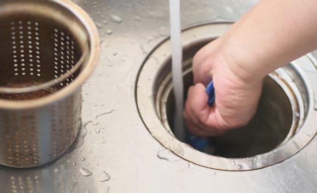 キッチンの排水口清掃